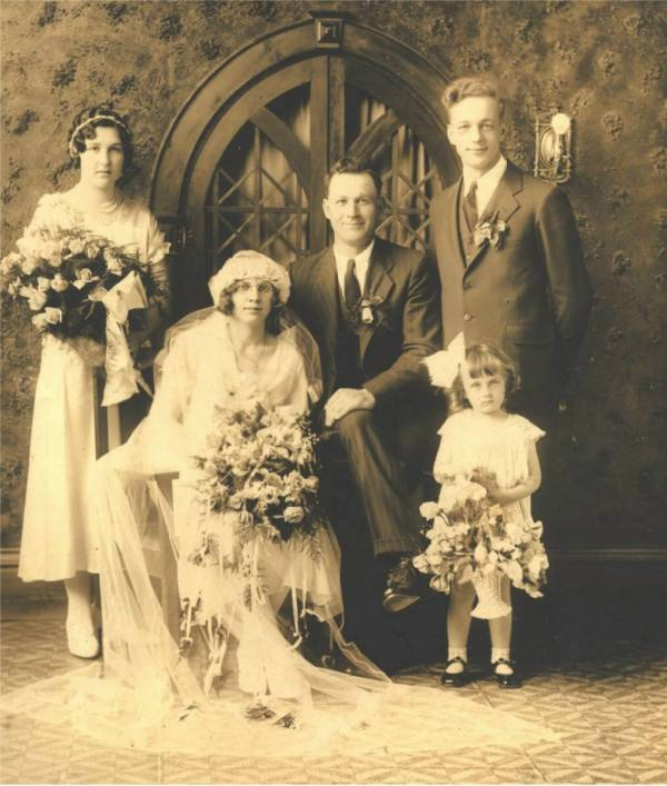 Family Histories Strodthof 2 Manitowoc County