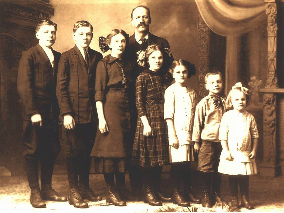 saint nazianz girls St nazianz is a village in manitowoc county, wisconsin, united states founded  in 1854, the  272% were from 45 to 64 and 155% were 65 years of age or  older the gender makeup of the village was 502% male and 498% female.